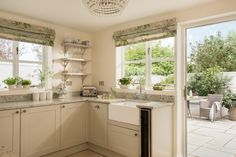Sweetpea Cottage | Luxury Self-Catering | Kestle Mill, Cornwall Cottage Living Rooms, Cottage Kitchens, Luxury Family Holidays, Luxury Holiday, Country Cottage Interiors, Southern Cottage, Modern Cottage, Cottages And Bungalows, Luxury Cottages
