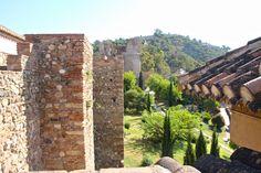 Muros del Alcazaba.