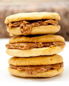 Peanut butter sandwich cookies, OMG! sweets dessert treat recipe chocolate marshmallow party munchies yummy cute pretty unique creative food porn cookies cakes brownies I want in my belly ♥ ♥ ♥