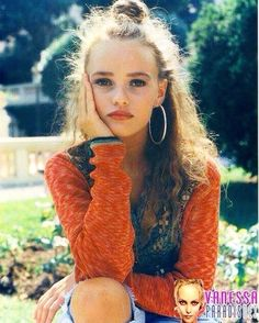 """952 mentions J'aime, 6 commentaires - Vanessa Paradis, Lolita Years (@vanessaparadisyoung) sur Instagram: """"Pic: VanessaParadisNet. #vanessaparadis #beautiful #young #model #french #singer #old #photoshoot…"""""""