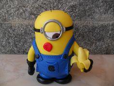 Escultura do Minion feita em biscuit, feita para decoração