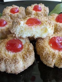 Mediterranean Recipes, Dessert Recipes, Desserts, Greek Recipes, Biscuits, Cheesecake, Muffin, Food And Drink, Cupcakes