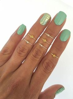 8 Midi Rings in Gold and Silver, Chevron and Simple Band Midi Rings. Mid knuckle stacking rings to wear in many combinations! Mani Pedi, Pedicure, Hair And Nails, My Nails, Chevron, Wedding Rings For Women, White Nails, Vintage Engagement Rings, Summer Nails