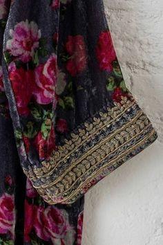 woodsmoke and coffee Zardozi Embroidery, Hand Work Embroidery, Hand Embroidery Designs, Kashida Embroidery, Pakistani Fashion Party Wear, Pakistani Formal Dresses, Pakistani Dress Design, New Suit Design, Velvet Dress Designs