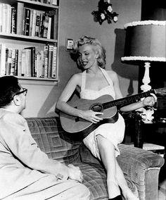 """Marilyn Monroe photographed by Bob Beerman, 1953. """