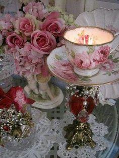 Teacup candlestick