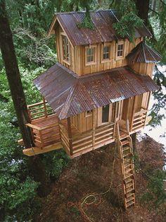 Crative and Unique Tree House! - decor-best.com