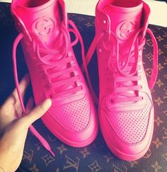 Gucci shoes I love