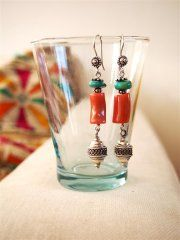 Handmade sterling silver earrings with Coral and real Turkoois. www.ateliersb.nl