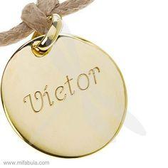 El nombre de tus hijos para que este verano estén más seguros allá donde vayan...www.mifabula.com