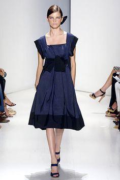Donna Karan Spring 2006 Ready-to-Wear Fashion Show - Jeisa Chiminazzo