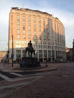 Milano. Piazza Missori. Hotel dei Cavalieri.