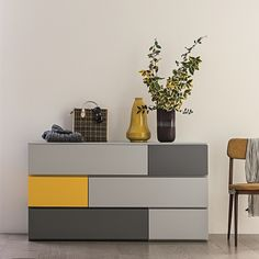Bright wooden Gogh chest of drawers by Dall'Agnese