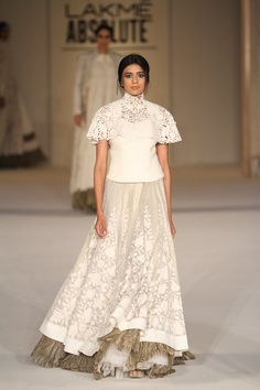 How pretty is this Rohit Bal white creation. Love the flowy skirt #LFW #LIFW2016 #summerfashion #RohitBal #Frugal2Fab