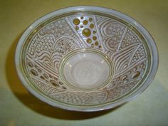 STUDIO ART POTTERY PIERCED AND CARVED BOWL BY SHIRLEY BARHAM