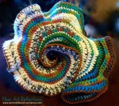 I enjoy experimenting with freeform and hyperbolic crochet techniques. For more information on crocheting models of hyperbolic geometry check out this link: Math & Fiber. Knit Art, Crochet Art, Tapestry Crochet, Easy Crochet Patterns, Irish Crochet, Crochet Motif, Crochet Designs, Free Crochet, Crochet Crafts