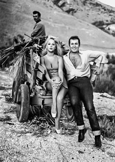 Greek Fashion, You Make Me Laugh, We Movie, Royalty Free Music, Music Like, Black N White, Good Movies, Gorgeous Women, Vintage Photos