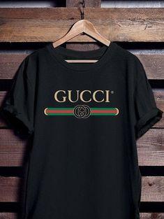 Gucci T Shirt for Men and Women - Gucci Shirt - Fendi - VIntage - Gucci T shirt - Gucci Inspired men T-shirt Gucci Outfits, Cool Outfits, Casual Outfits, Fashion Outfits, Camisa Gucci, Gucci Shirts Men, Gucci T Shirt Women, Gucci Brand, Gucci Gucci