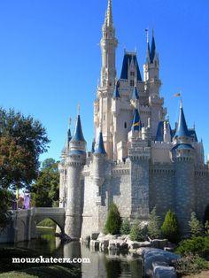 Magic Kingdom, Disney College Program, Disney College Program best job, Disney college program application benfits dorm
