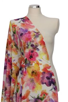šatovka jemný viskózový batist s květy