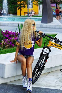 Kristina Dolinskaya - Los Angeles Lakers | LOOKBOOK