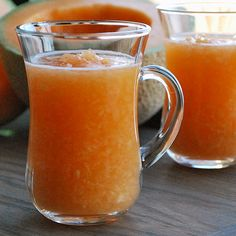 This refreshing, healthy Persian-style Cantaloupe Smoothie keeps your body fueled and your taste buds happy. Ready in minutes - try this beautiful drink!