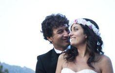 Novias Cucullia, novia con corona de flores