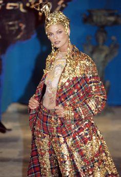 John Galliano Fall 1997 Ready-to-Wear Fashion Show Details