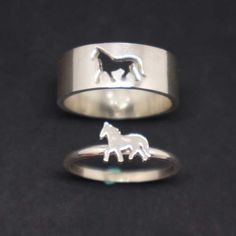 Horse Couple Set Promise Ring - Horse Jewelry, His and Her Horse Ring, Alternative Engagement Wedding Matching Ring, Horse Lovers Gift Equestrian Jewelry, Horse Jewelry, Western Jewelry, Country Jewelry, Cowgirl Jewelry, Emerald Wedding Rings, Diamond Wedding Bands, Couple Jewelry, Fine Jewelry