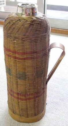 アンティークかご入り魔法瓶花瓶 インテリア 雑貨 家具 Antique pannier basket ¥10yen 〆04月29日