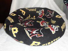 Pittsburgh Pirates Fleece Medium Dog Bed by Dallas1pd on Etsy, $40.00