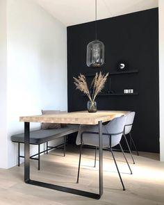 ⓔ Design Inspiration Black Interior Design, Flat Interior, Design Your Own Home, Home Design, Esstisch Design, Beige Living Rooms, Black Walls, House Rooms, Interior Inspiration