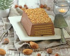 Tarta de galletas y chocolate con leche Just Desserts, Delicious Desserts, Dessert Recipes, Crazy Cakes, Happy Foods, Homemade Desserts, No Bake Cake, How To Make Cake, Food And Drink
