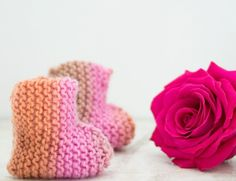 Knit Baby Booties- Super EASY Very Easy Knit Baby Booties Knitting Pattern - Gina MicheleVery Easy Knit Baby Booties Knitting Pattern - Gina Michele Baby Booties Knitting Pattern, Knit Baby Booties, Knitting Patterns Free, Knitting For Charity, Easy Knitting, V Stitch, Chain Stitch, Double Crochet, Single Crochet