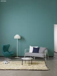 Best Teal Paint Colors - Eye-Catching Teal Colors For Your Home Home Decor Using teal paint colors is a great way to change your room without drastically changing the style. You can start by choosing colors that are complemen. Teal Paint Colors, Wall Colors, Jotun Lady, Teal Wall Art, Colour Architecture, Teal Walls, Asian Decor, Colorful Interiors, Interior Inspiration
