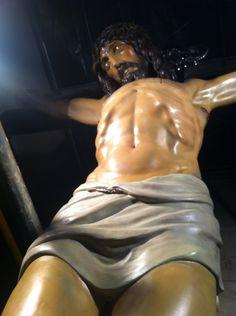 Restauració talla fusta policromada. Sant Crist de la creu gran, Parròquia Sant Feliu.