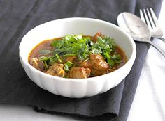 Try out this ultimate chicken curry for beginners. at. http://bit.ly/1djZwrM #indian #food