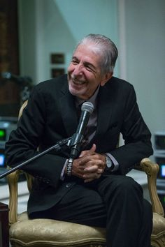 Quotes from the amazing Leonard Cohen, excerpts from his songs and poems, video and audio goodies...