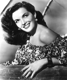 Jane Russell #hollywood #classic #actresses #movies cinema-classico-atrizes