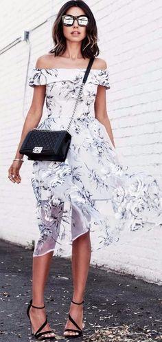 Cute summer outfit idea: dress + bag