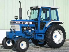 FORD 7710...one of our faves...two color combination sets her off nicely