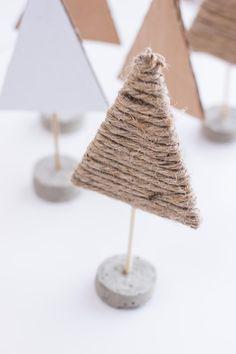 Christmas Party Ideas - DIY Make Scandinavian Christmas Trees # Ideas # Make . Funny Christmas Tree, Christmas Night, Christmas Humor, Christmas Tree Decorations, Christmas Crafts, Xmas, Christmas Ornaments, Christmas Tree Tumblr, Christmas Ideas