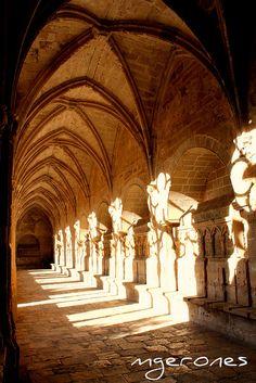 Claustre Monestir Santes Creus, Tarragona (Ruta del Císter) Catalonia
