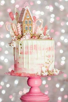 My Pink Gingerbread Dream House Drip Cake. Gingerbread cake, whipped white chocolate ganache filling, water color buttercream and white choc. Christmas Sweets, Christmas Gingerbread, Christmas Baking, Christmas Cakes, Gingerbread Houses, Gingerbread Cake, Pink Christmas, White Gingerbread House, Christmas Birthday Cake
