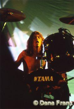 David Grohl of Nirvana © Dana Frank Bayfront Amphitheater, Miami FL, Nov. 1993 http://www.danafrank.com