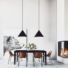 Home Inspiration // Beton Design Interior ideas The Perfect Scandinavian Style Home Futuristisches Design, Beton Design, Loft Design, Design Ideas, Minimalist Dining Room, Minimalist Home, Woven Dining Chairs, Folding Chairs, Dining Table