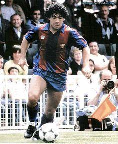 No te lucían esos colores....ni te valoraron.... Football Icon, Football Design, Sport Football, Fc Barcelona, The Good Son, Diego Armando, Captain Tsubasa, Sports Stars, Girls In Love