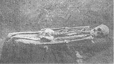 Nephilim Chronicles: Giant Human Skeletons: Giant Nephilim Skeletons Found at Ohios Serpent Mound