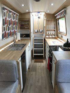 SJT_Galley Narrowboat Kitchen, Narrowboat Interiors, Houseboat Decor, Houseboat Living, Houseboat Ideas, Canal Boat Interior, Sailboat Interior, Sailboat Decor, Barge Boat