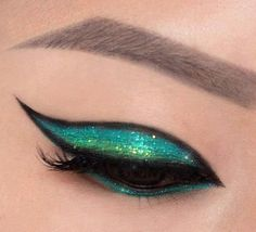 maquillaje de noche Beautiful Eye Makeup, Cute Makeup, Makeup Art, Makeup Tips, Beauty Makeup, Makeup Looks, Hair Makeup, Eyeshadow Makeup, Makeup Cosmetics